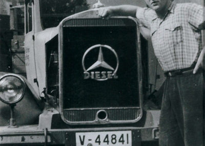 Otto Döhler am Benz plus Schwertransport Aue40er-122